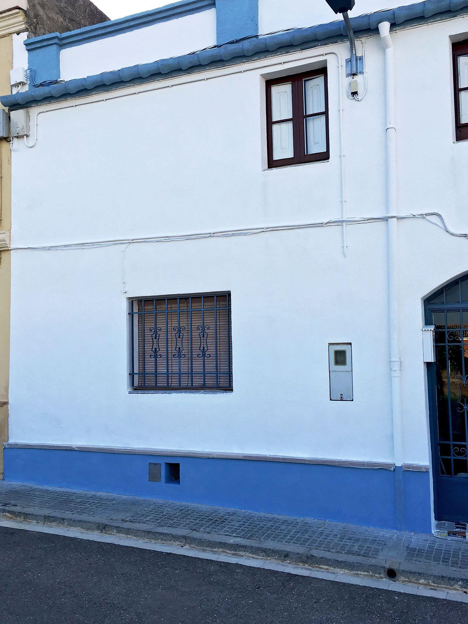fachada de casa pintada por suri pintor